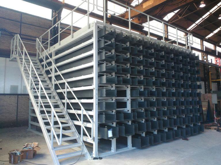 Sistema compacto de almacenamiento de perfiles largos